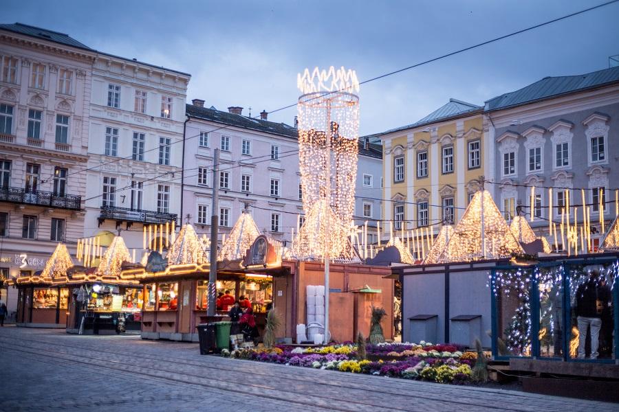 Weihnachtsmarkt Hauptplatz Linz