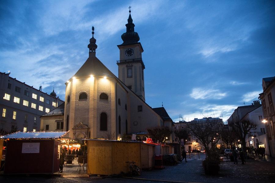 Wintermarkt Pfarrplatz Linz